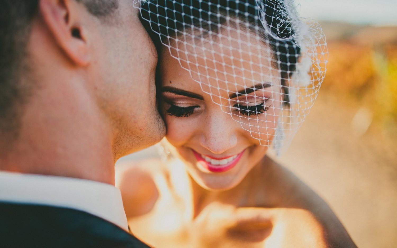 Фото невеста с нарощенными ресницами